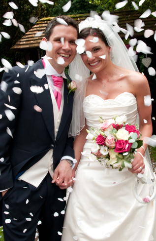 Wedding photography with confetti